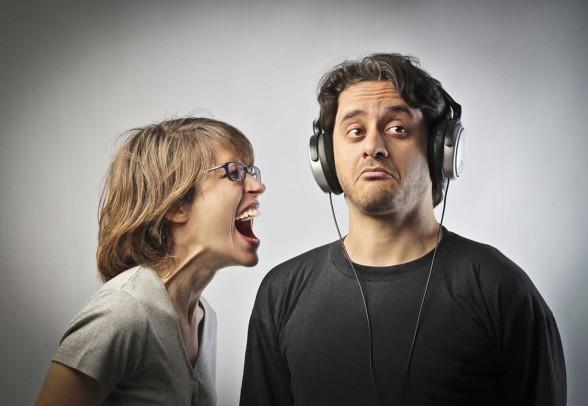 Ignoring-speaker-588x406
