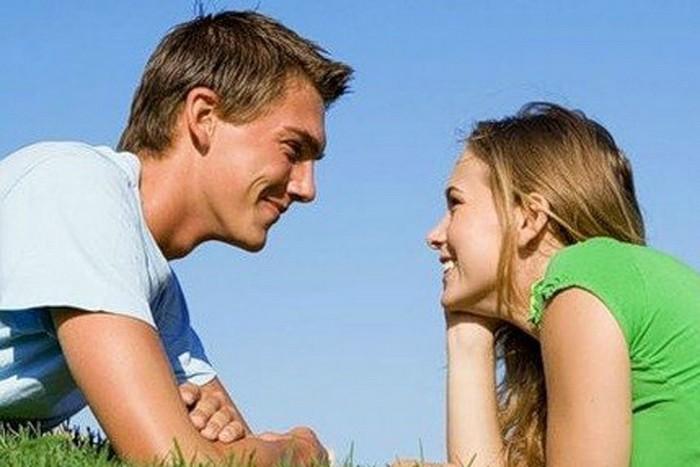 Зачем красивых любят девушки парней