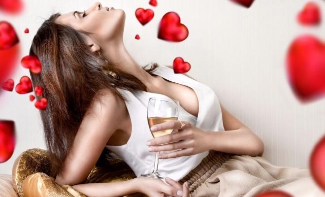 Holidays_Saint_Valentines_Day_Love_girl_033198_29